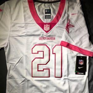 Woman's Dallas cowboy zeke Elliot jersey